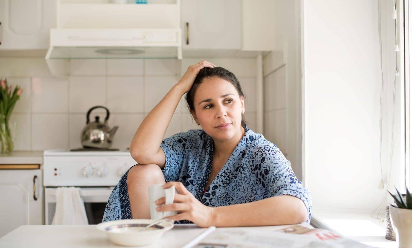 mensvärk illamående gravid